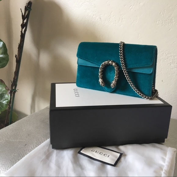 bfa2260a190b48 Gucci Handbags - Gucci Dionysus Supermini in Teal Velvet.